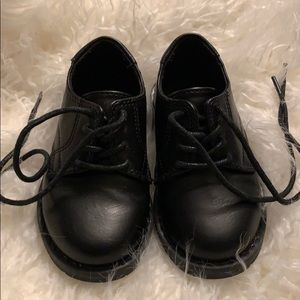 Black shoes for boys